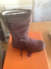 Women's size 5 ROCKET DOG  Slope Cow Suede Boots