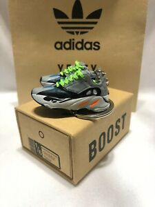 KEYCHAINS Mini Sneakers Adidas Yeezy Wave Runner 3D Printed Gift Set