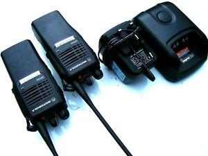 MOTOROLA GP340 RADIOS WALKIE TALKIES UHF PROFESSIONAL TWO WAY COMMUNICATIONS
