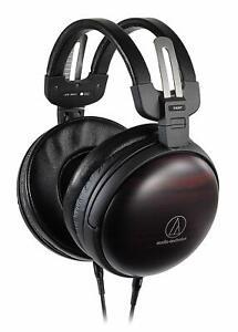[From Japan] audio-technica Dynamic headphones ATH-AWKT