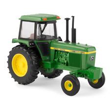 Ertl John Deere 1:32 Scale Model 4440 Tractor