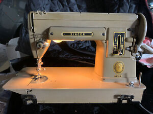 Vintage Singer 301A Portable Sewing Machine/w Attachments