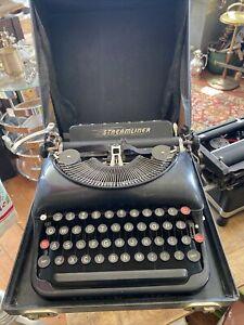 Antique REMINGTON RAND STREAMLINER Typewriter Early Gust of Wind Logo Original