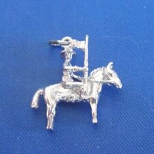 VINTAGE STERLING SILVER ROYAL CANADIAN MOUNTED POLICE PERSON CHARM