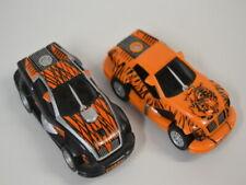 2 ) Carrera GO !!! Set 2 Auto Car Force Jungle Tiger Slot Cars Modelle mit Licht