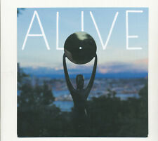 Pearl Jam 7'' Alive/Around the Bend 2017 Christmas Single Mint Condition