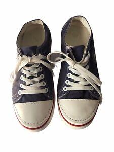 Crocs Hover Lace-Up Blue Canvas Sneaker Men's 9/Women's 11