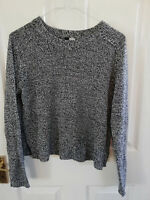 H&M WOMENS BLACK WHITE KNITTED JUMPER SIZE 14 S LENGTH 22 PIT TO PIT 21 INCH