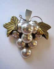 VINTAGE STERLING PIN PENDANT COMBINATION BRASS LEAVES CLUSTER OF GRAPES