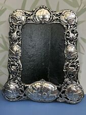 More details for william comyns 1906 large silver photo frame in reynolds angels quality design.