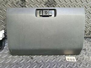 Mitsubishi shogun pajero Mk2 1997 glove box with lock no key but unlocked