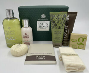 Molton Brown Gift Set 8x Items Unisex Gift Set Great Deal Boxed