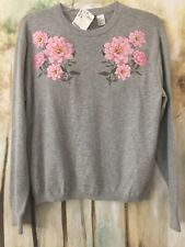 H&M Womens NWTs Size M~  Sweater Gray W/ Pink Flowers
