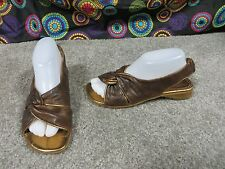 Roby & Pier Dark Brown Distressed Leather Slingback Sandals w/Gold Trim, sz 8.5
