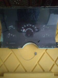 1992-1993 Chevrolet C1500 C2500 Speedometer Cluster #16124865 (442,350 miles)