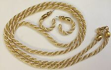 Vintage Trifari Jewelry Set White Gold Tone Necklace Earrings Set Excellent Cond