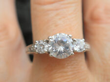 VERY SPARKLY SILVER 925 CZ RING SIZE M