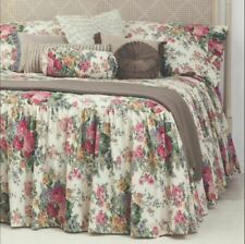 Rosewood Floral Print Skirted Bedspread by Gainsborough | Fitted style | Double