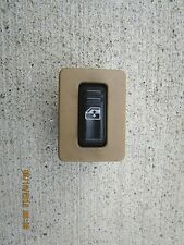 00 - 02 CHEVY TAHOE SUBURBAN / GMC YUKON REAR RIGHT SIDE POWER WINDOW SWITCH OEM