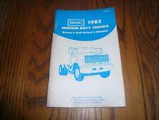 1982 GMC Medium Duty Trucks Models Owner's Manual - Glove Box  X-8201A