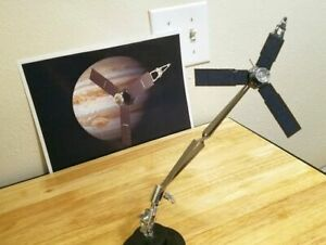 3d printed NASA Juno Spacecraft 1:180