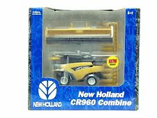 1/64 ERTL NEW HOLLAND CR960 COMBINE W/ TWO HEADS