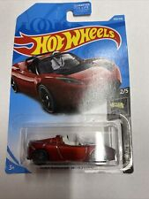 2017 Hot Wheels Tesla Roadster With Starman MOC HW Space toy car RARE Elon Musk