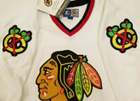 New with Tags Chicago Blackhawks jersey Mens XL Starter white nwt Extra large