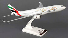 Emirates Airlines - Airbus A330-200 - 1:200 - SkyMarks SKR825 - NEU A330 Modell