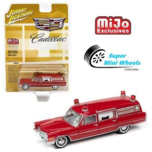 Johnny Lightning 1:64 - 1966 Cadillac Ambulance Red - Mijo Exclusive