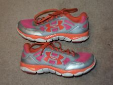 Girls Under Armour Sneakers Shoes Size 5Y in Used Condition