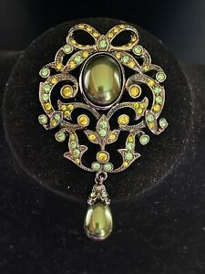 Joan Rivers Vintage Pearl and Crystal Brooch - Never Worn - RARE