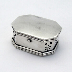 Tinder Box Octagonal Pierced Double Compartment 900 Standard Silver