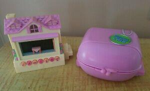 Pixel Chix Mattel Yellow / Pink House & Love 2 Shop Mall at the Salon / Pet Shop