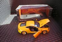 Aston Martin V8 Vantage  Hot Wheels    1:18