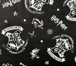Fat Quarter HARRY POTTER Hogwarts Crest Fabric COTTON Crafts Quilting Sewing