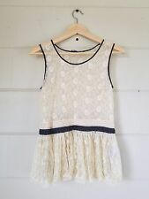 Anthropologie lil lace tank top size 0 peplum ruffled bottom ivory lace top