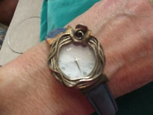 Stunning  Art Nouveau stylePIA watch boxed ornate leather strap box/instructions