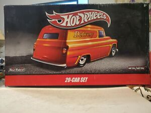 NOS SEALED 2010 Hot Wheels Delivery Vehicles Real Riders 20 Car Set 1:64 Scale