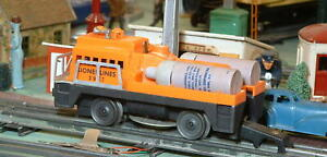 LIONEL 3927 TRACK CLEANING CAR.