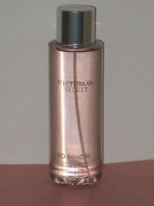 VICTORIA'S SECRET SO IN LOVE (FLORAL BOUQUET) FRAGRANCE MIST  250 ml. NEW!