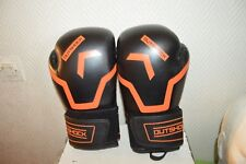 GANT DE BOXE  8 OZ OUTSHOCK  BOXING GLOVES 500/GUANTES KICK THAI  NEUF