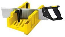 Ingletadora de plastico con sistema de bloqueo y serrucho Stanley 1-20-600