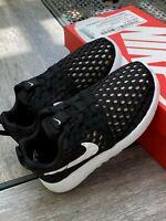 Nike Roshe One Flight Weight Unisex Toddler University Black / Grey (TDV) 9C 10C