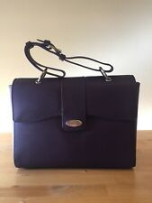MARY KAY BAG, LEATHER. NEW.