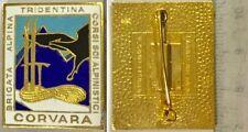 235) Distintivo Brigata Alpina Tridentina Corsi Sci Apinistici Corvara