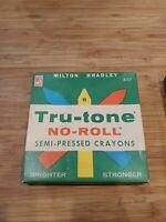 VINTAGE MILTON BRADLEY CRAYONS TRU-TONE NO-ROLL OLD STOCK 8157