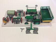 Kovap - AGRO set n°2 - Tracteur avec accessoires - 1/25