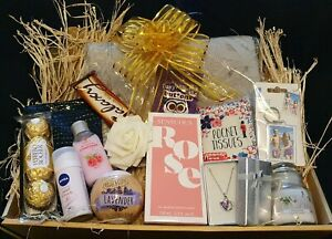LADIES GIFT BOX FOR HER PAMPER HAMPER BIRTHDAY WOMEN FRIEND Mothers day EASTER
