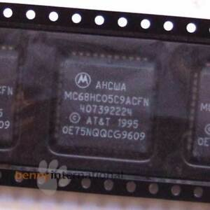 MOTOROLA MC68HC05C9ACFN or MC68HC05C8CFN 8Bit Microcontroller
